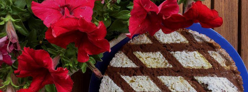 Crostata con riso e gocce di cioccolato