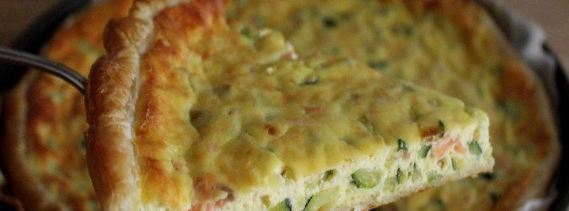 Anna in Casa: ricette e non solo: Torta sfoglia con salmone e zucchine