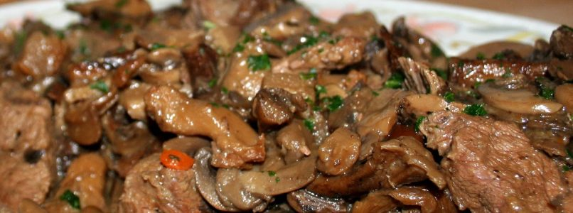 Spezzatino di manzo con funghi