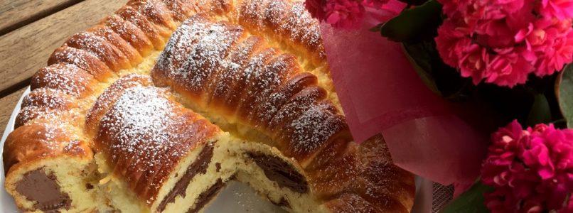 Anna in Casa: ricette e non solo: Torta rigata di brioche con crema gianduia