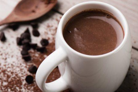 Cioccolata calda senza lattosio: come prepararla