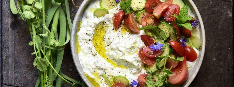 Come usare lo yogurt in cucina: ricette dolci e salate