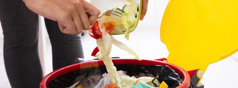 Dalla spesa al riciclo: 10 mosse antispreco e 15 ricette
