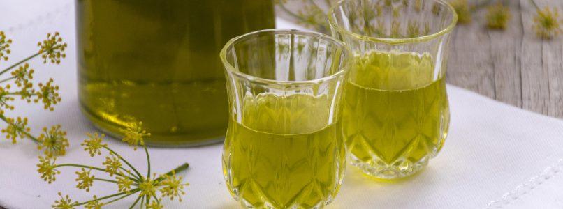 Liquore al finocchietto selvatico: profumato e digestivo