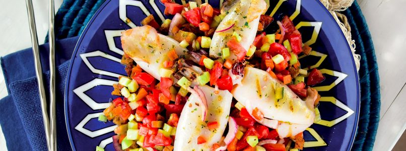 Ricetta Calamari alla griglia sulla panzanella