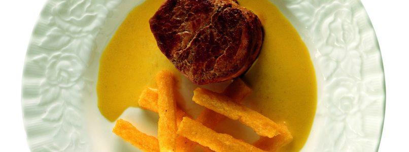 Ricetta Filetto di maiale al curry con polenta