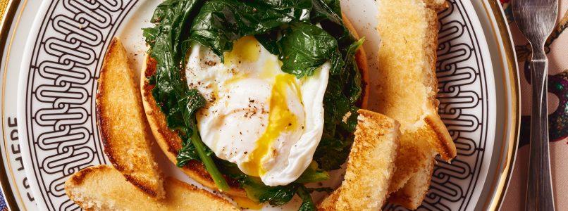 Ricetta Hamburger con uovo in camicia e cime di rapa