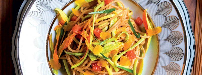 Ricetta Insalata di spaghetti integrali e zucchine trombetta