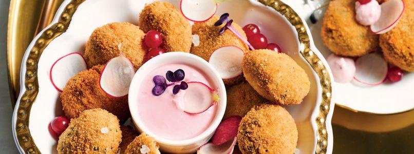 Ricetta Polpette di cicerchie, salsa di ravanello e ribes