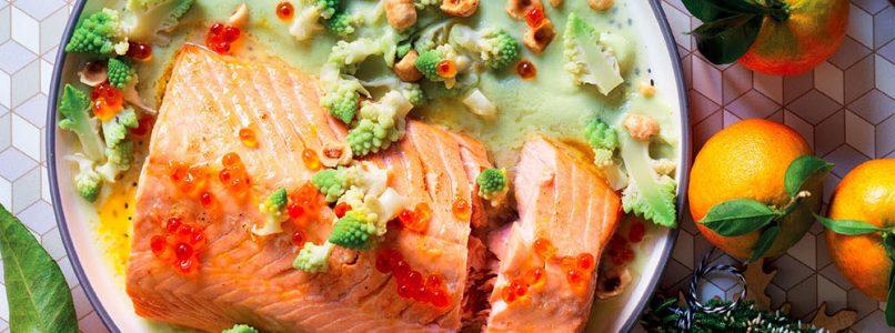 Ricetta Salmone al forno con vellutata di broccolo e salsa al mandarino