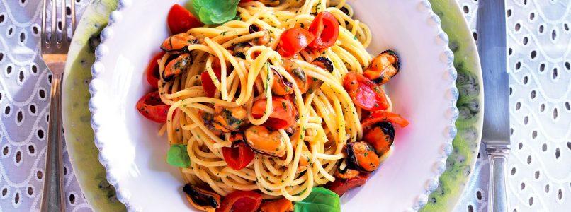 Ricetta Spaghettoni, cozze e pomodorini