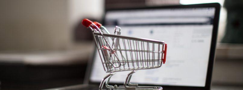 Spesa online: 10 cibi che non possono mancare