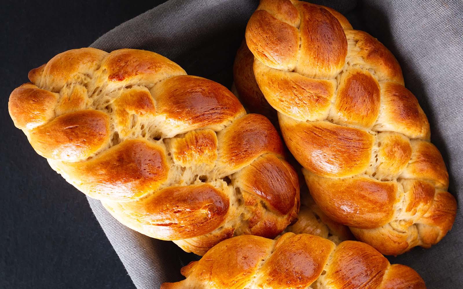 Treccia di pan brioche toia